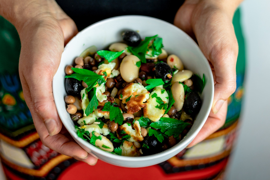 Halloumi-&-Bean-Salad_Hands-cropped